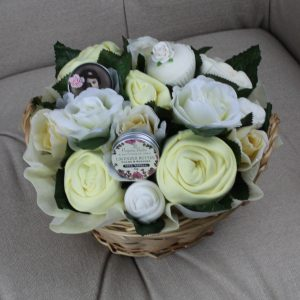Deluxe Pampering Bouquet Lemon - Baby Clothing Bouquet