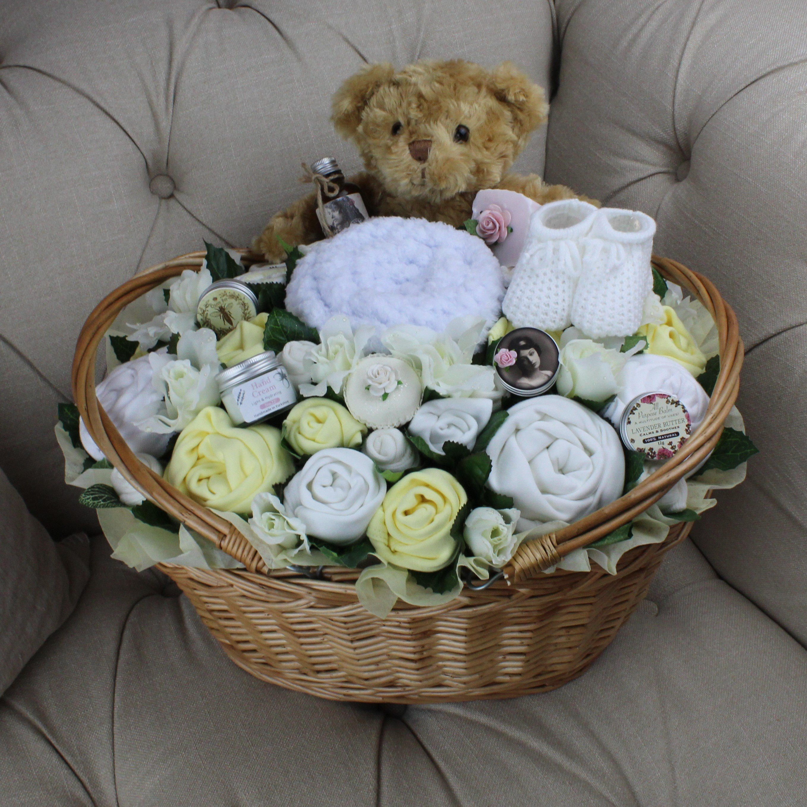 Ultimate Plus Pampering Lemon - Baby Clothing Bouquet