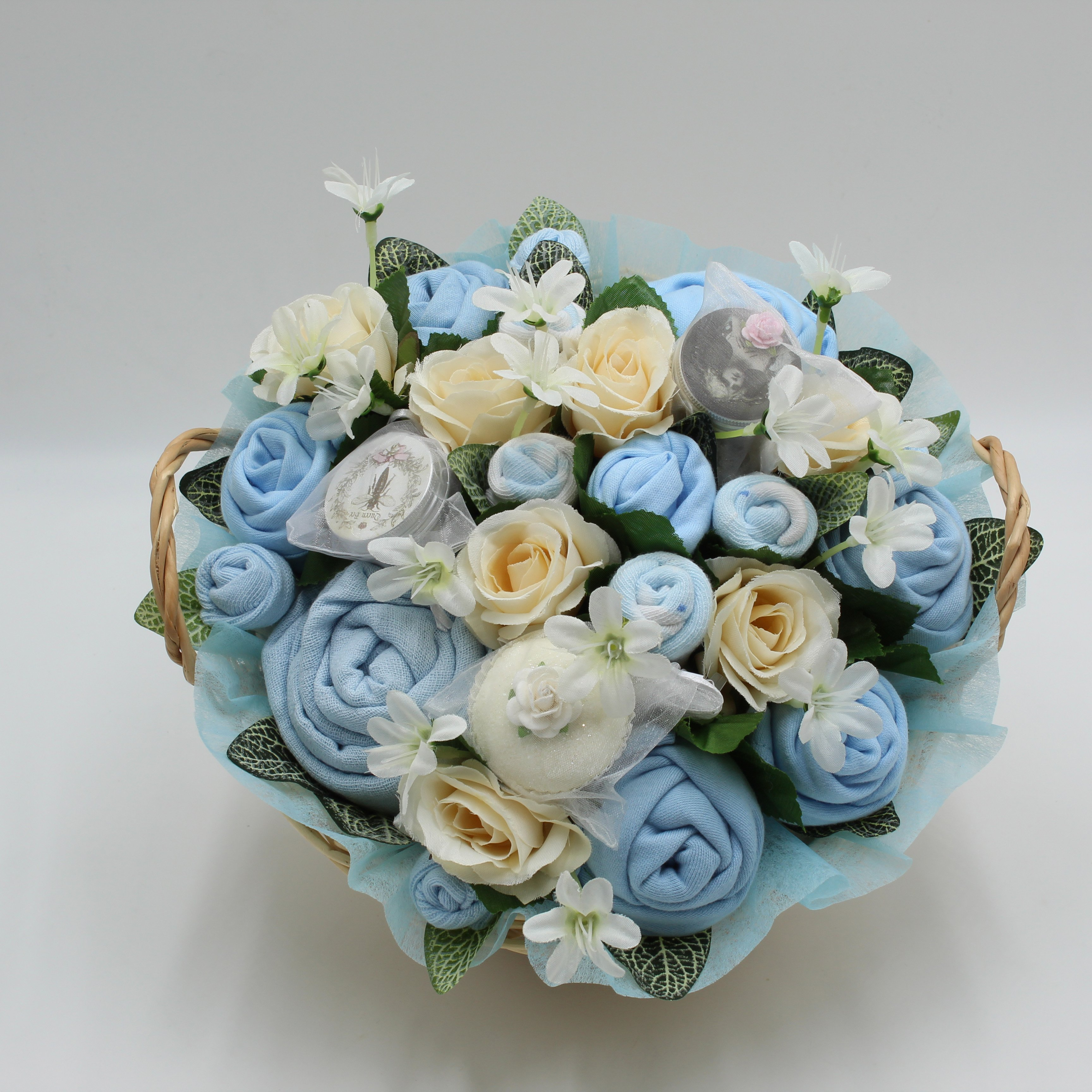 Superior Pampering Bouquet Blue