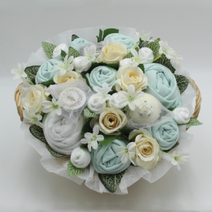Superior Pampering Bouquet Mint